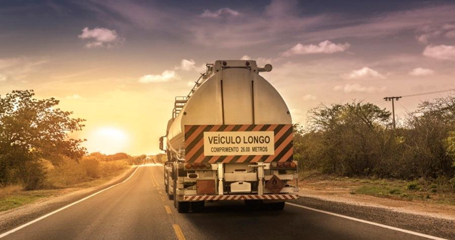 Produtos químicos: como transportar com segurança?